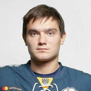 Илья Морозов остаётся.