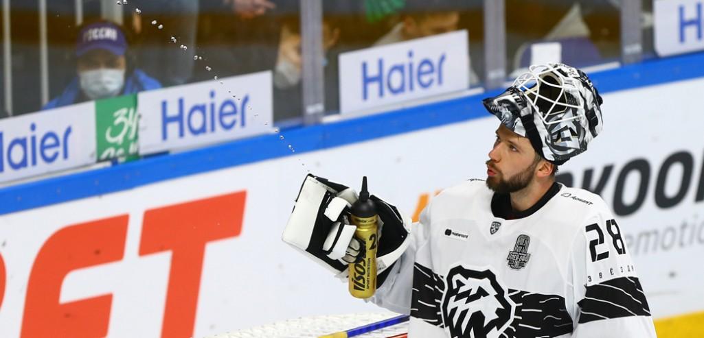 Второе подряд поражение сборной России