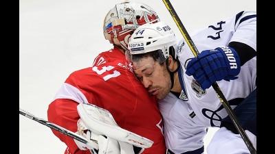 «Спартак» победил столичное «Динамо» впервый раз с2011 года— КХЛ