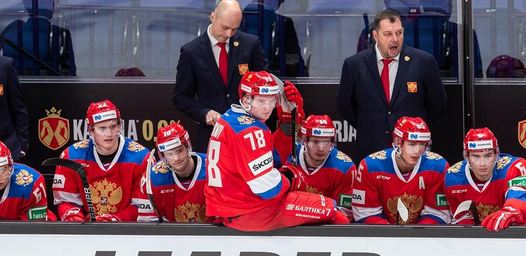 Сборная России уступает канадцам в контрольном матче перед МЧМ