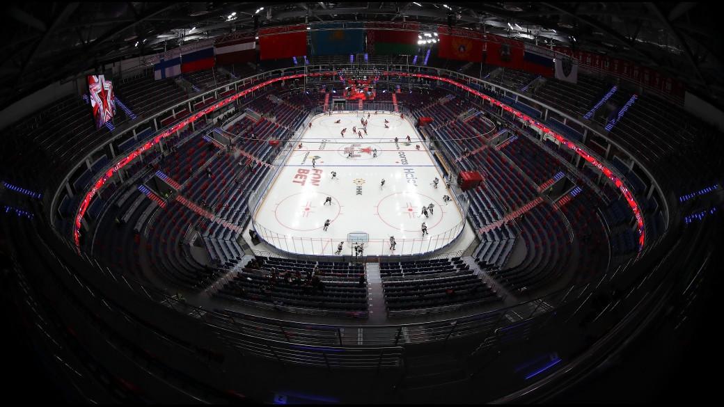 Хоккей вернулся! Лучшие кадры матча за Кубок открытия