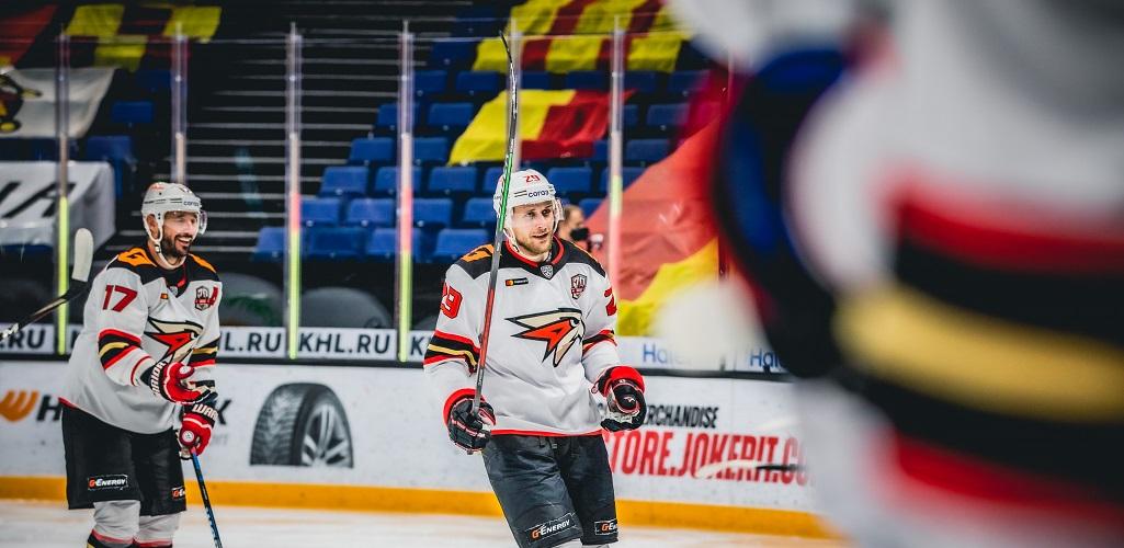 Шайба Каблукова помогла «Авангарду» победить в Хельсинки. Обзор дня