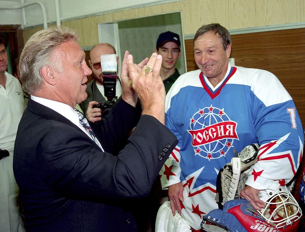 Бобби Халл и Виктор Зингер