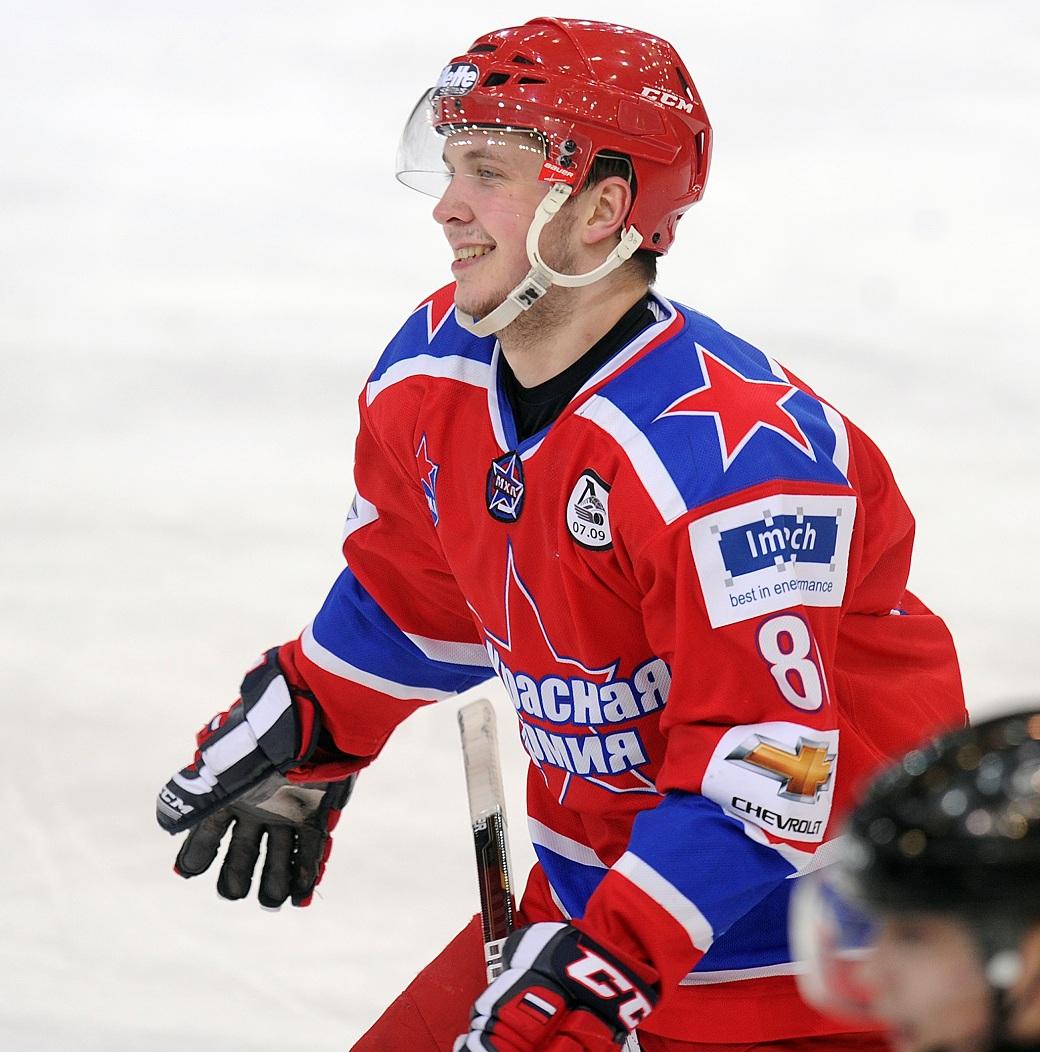 Нападающий ЦСКА Коротков перешел в Нефтехимик