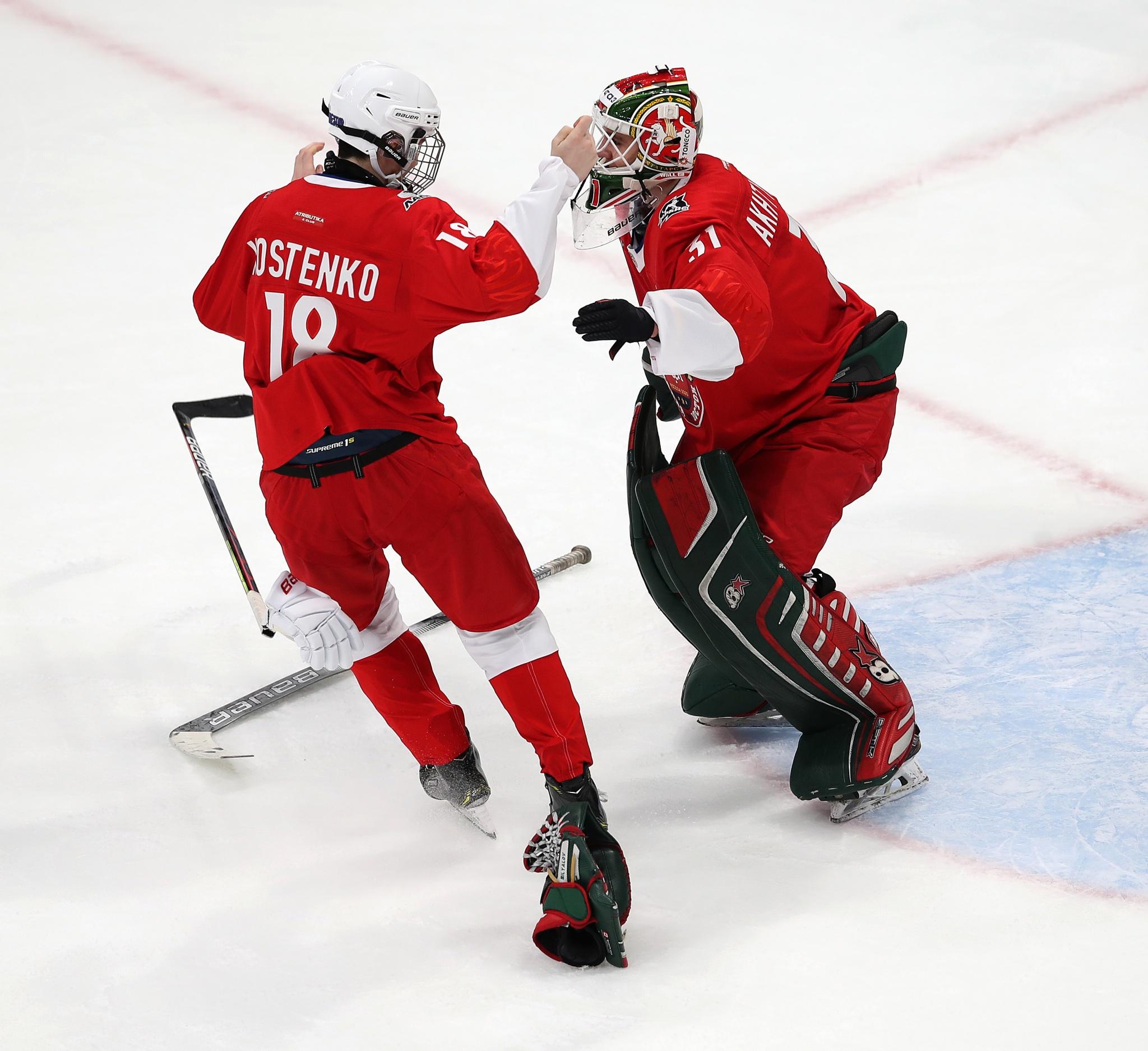Дмитрий Костенко и Артур Ахтямов. Фото: Владимир Беззубов