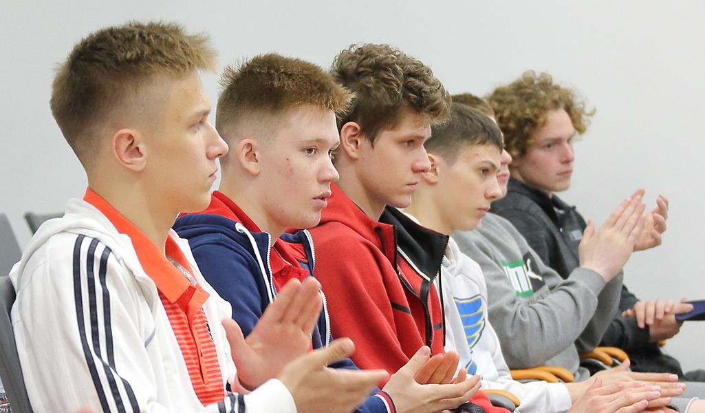 Участники программы «Твой Шанс». Фото: Дмитрий Бондаренко