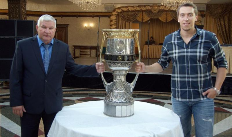 2015_Бурдасов_chelyabinskhockey.com.jpg