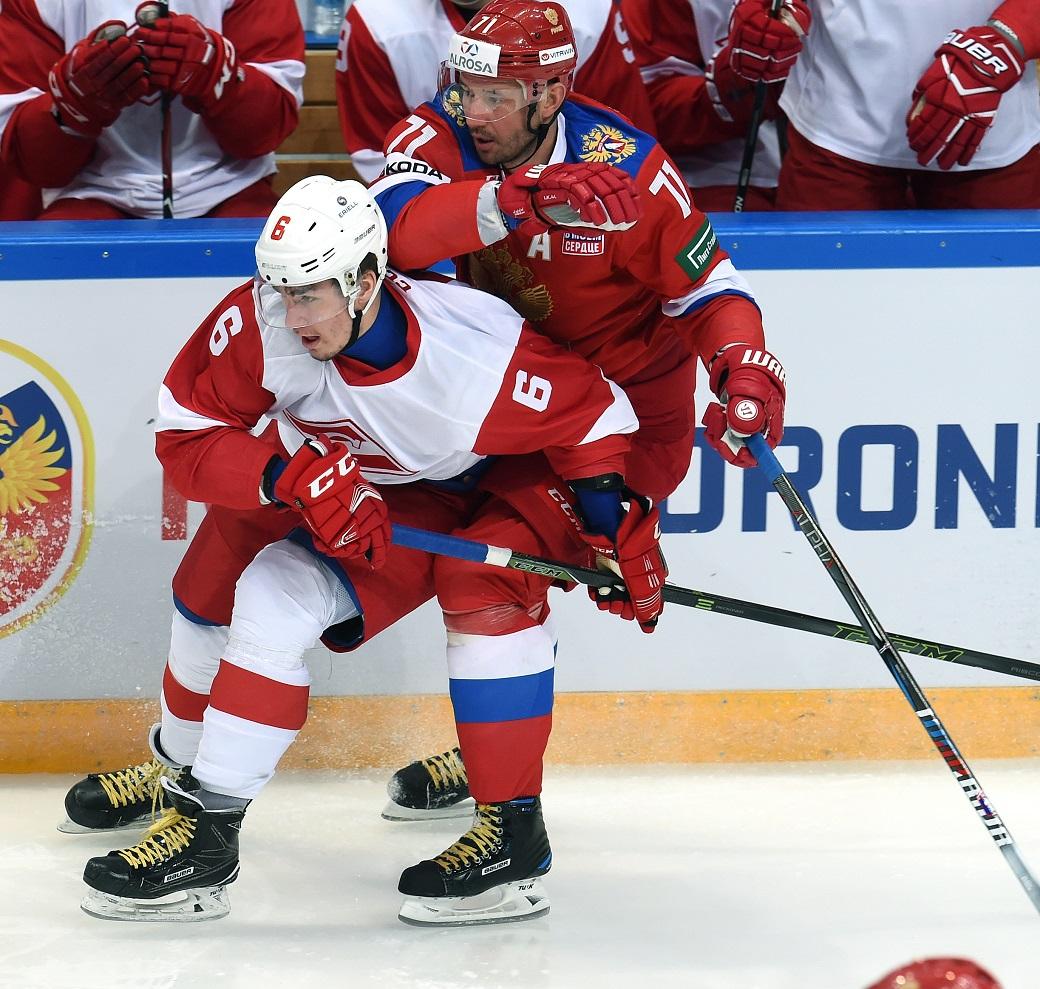 Хоккеисты сборной РФ победили «Спартак» вконтрольном матче