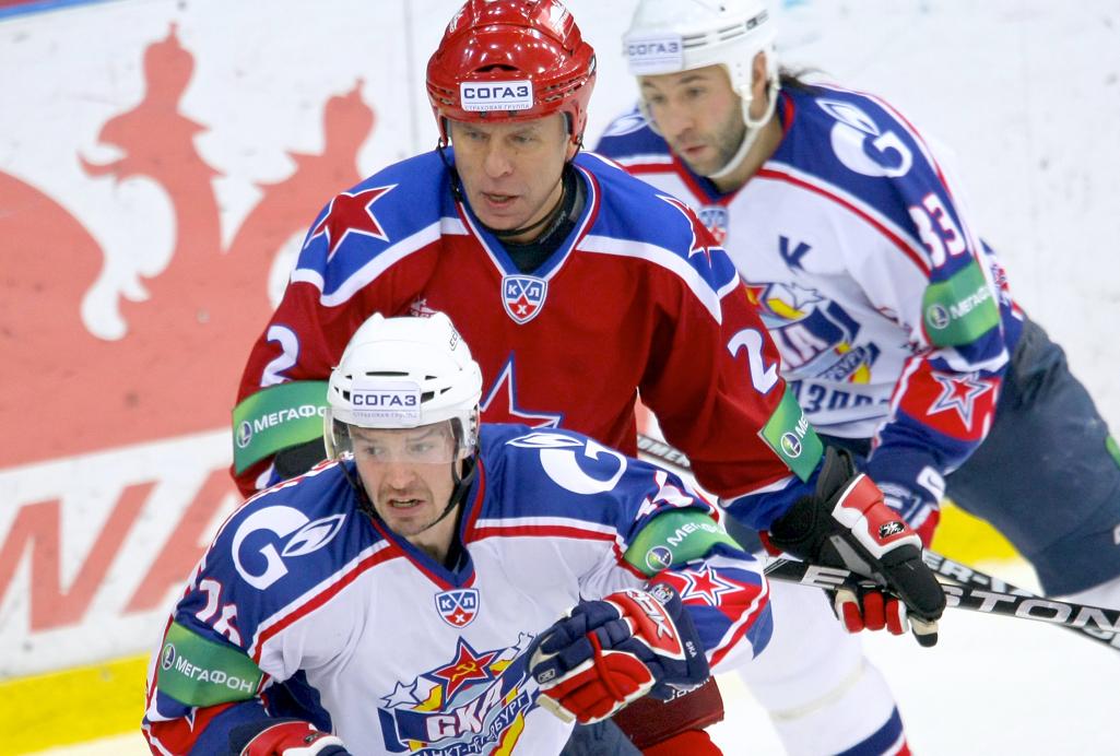 Дацюк преследует Козлова, а Ерёменко  Озолиньша. Ветеранские рекорды КХЛ