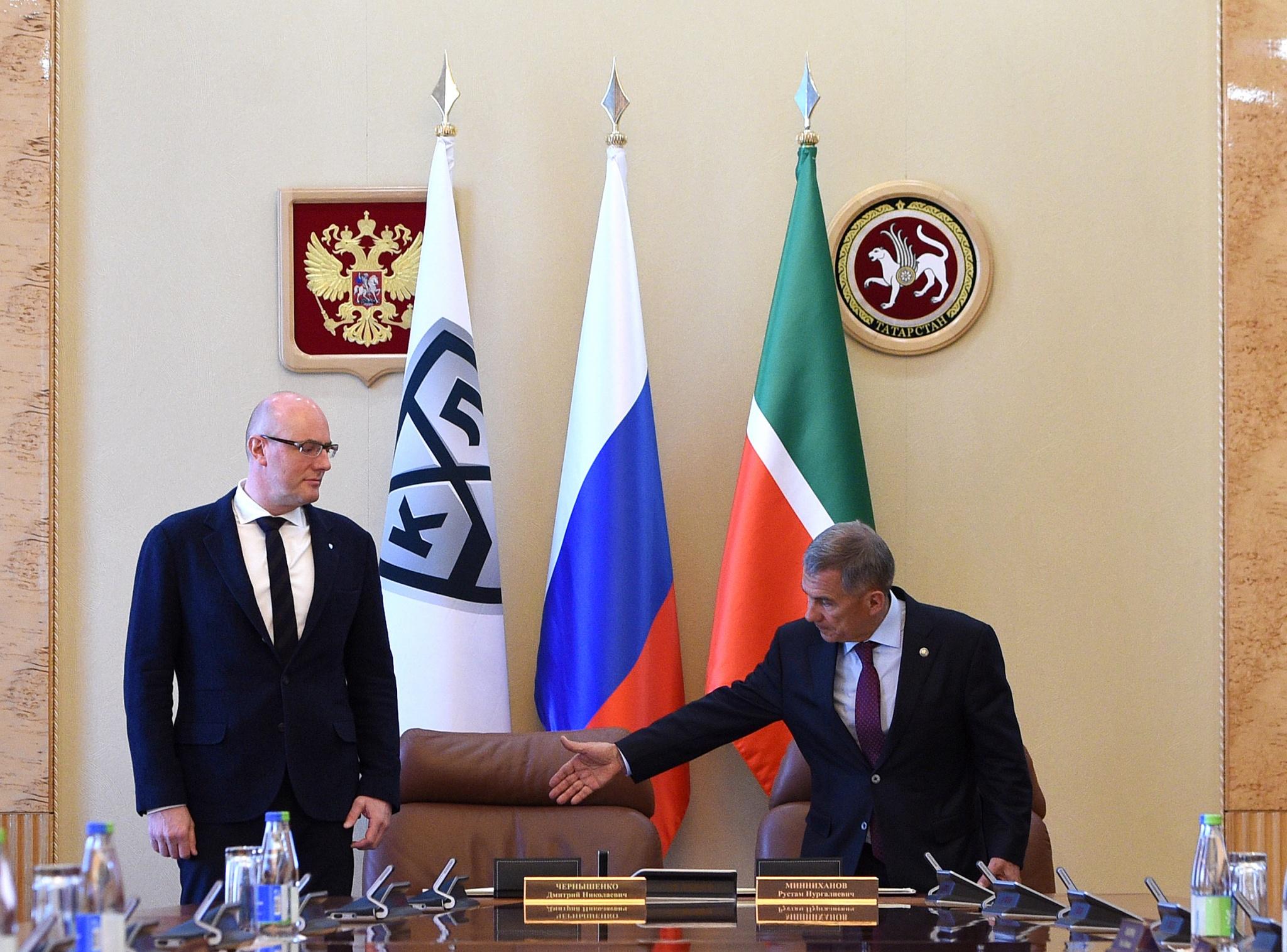 Руководитель КХЛ ипрезидент Татарстана подписали соглашение опроведении Недели звезд хоккея
